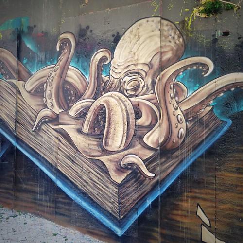 Lisbon streetart