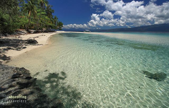 deserted beach, Mahaba Island, Cuatro Islas