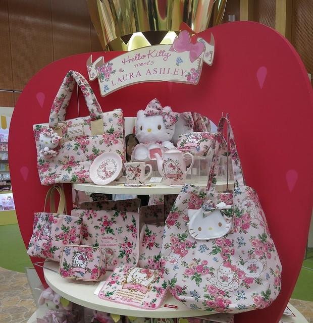 サンリオ エキスポ 2015 Hello Kitty meets LAURA ASHLEY ハローキティ・ミーツ・ローラアシュレイ