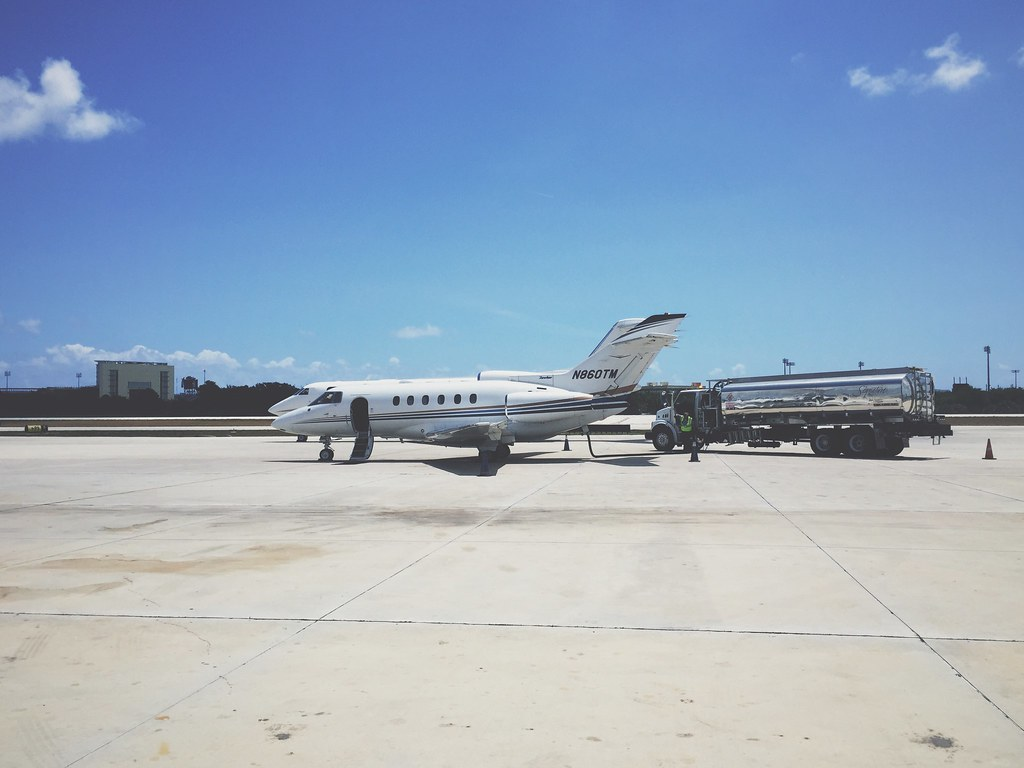 Hawker 800XP - The Plane that Flew Us