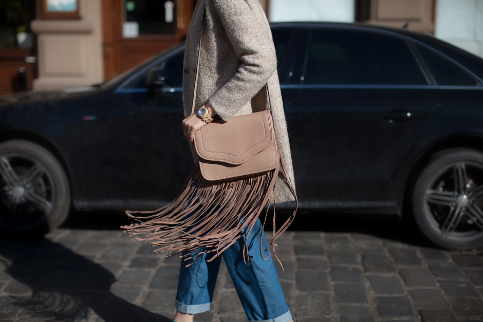 bcbgeneration-lana-fringe-bag-outfit-blog