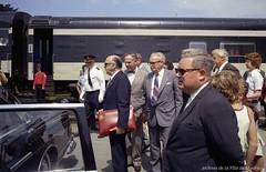 Voyage à Kingston : Site pour le yachting lors des Jeux olympiques \'76, avec Jean Drapeau, maire de Montréal. - 9 août 1972. Photo par Robert Vandensteene. Archives de la Ville de Montréal. VM94-O01c-016