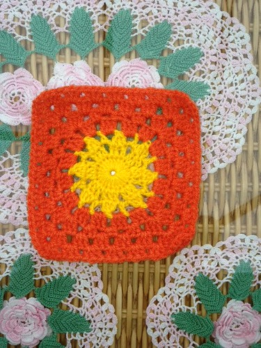 'Susanna' thank you (Austria) -  1000th Sunshine Granny Square