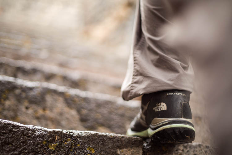 Tips on choosing the right hiking shoes