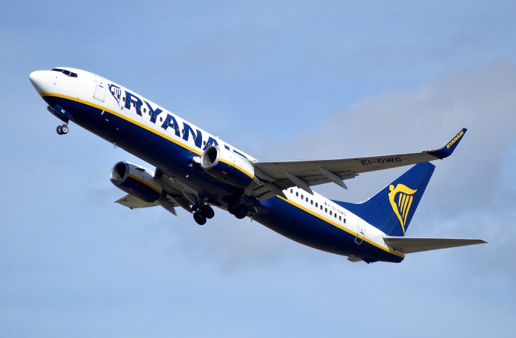 EI-DWG - B738 - Ryanair