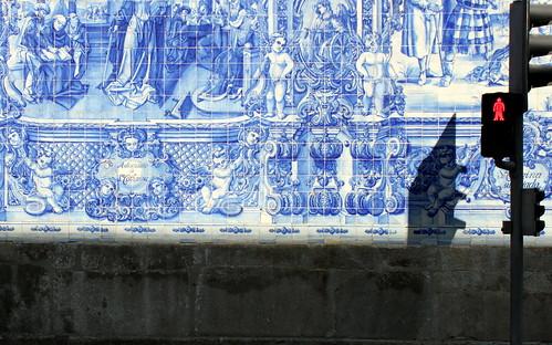 porto dissymmetry in blue