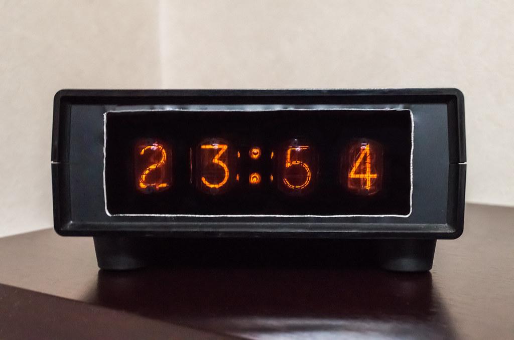ニキシー管時計 CD56