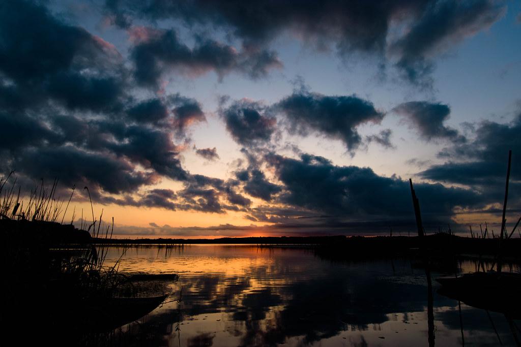 印旛沼の日の出だ