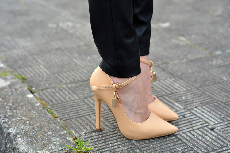 Zara_ootd_outfit_zara_chicwish_leather_pumps_michael_kors_09