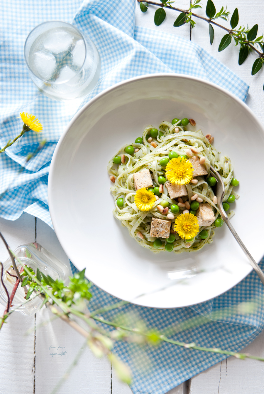Spring noodles with pesto,tofu,green peas and coltsfoot flowers