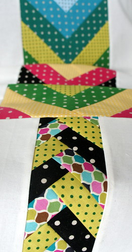 Friendship Bracelet Quilt Row for Cara's Quilt #quiltjourney