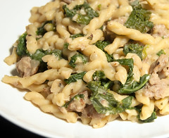 One Pot Pasta with Sausage, Kale and White Beans 2
