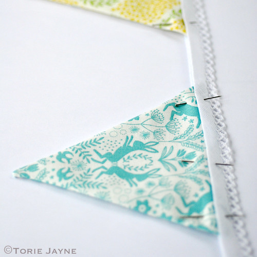 Mini bunting tutorial 7