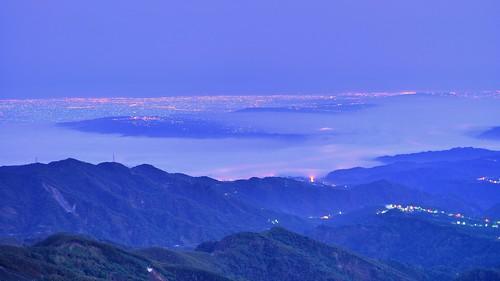 大崙山~雲海夜景~  Clouds night scenes
