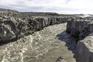 Lindaa River sculpturing the Lava rocks