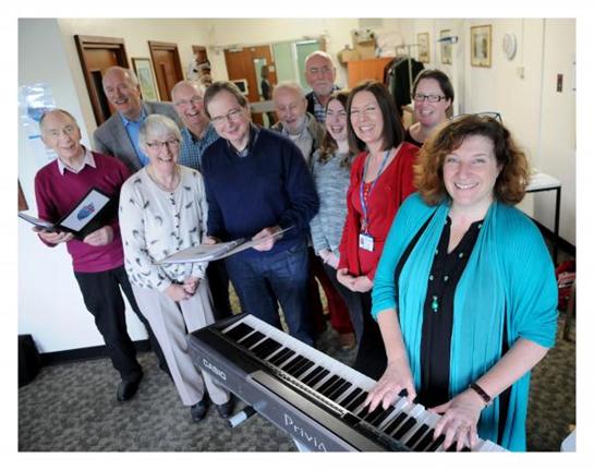 Lớp học hát tại Anh dành cho người bệnh Parkinson