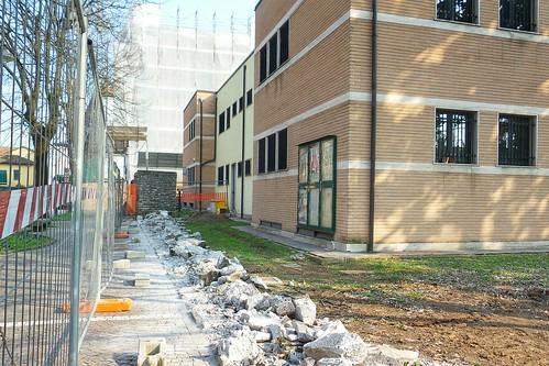 Si abbattono i muri a Cassano d'Adda by Ylbert Durishti