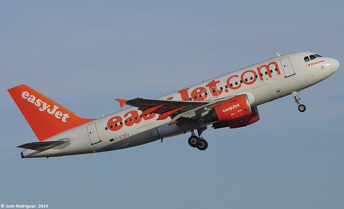 G-EZDJ - Easyjet Airline  Airbus A319-111