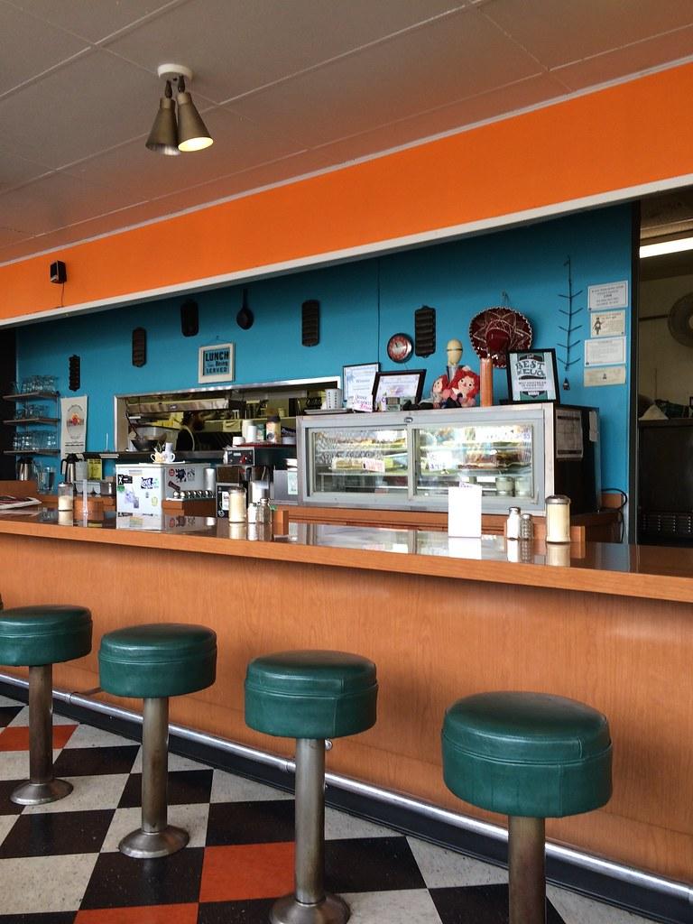 Cute interior of Cornbread Cafe