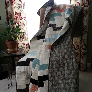 Interlock quilt finished!! #interlockquilt #seacoastmodernquiltguild  #Bedfordcrewauctionquilt