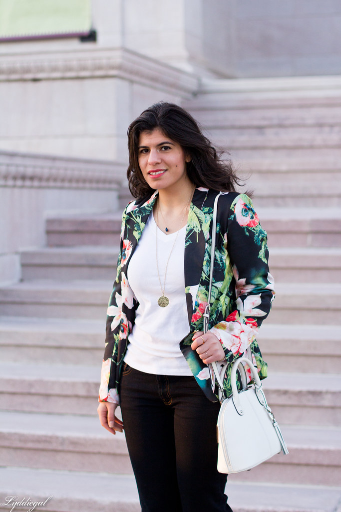 floral blazer, flared jeans, white satchel-4.jpg