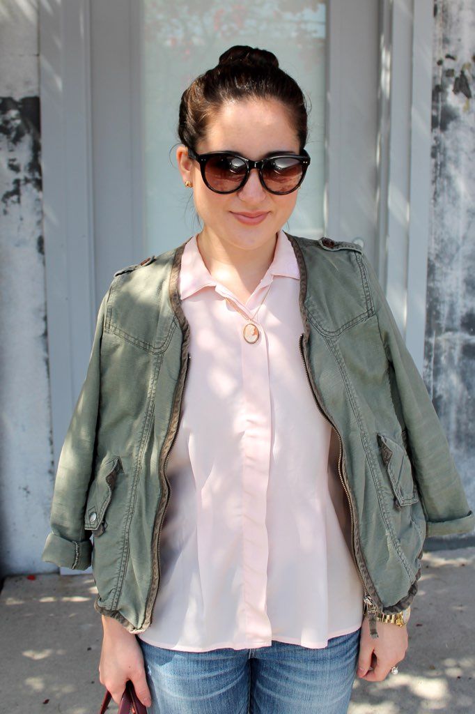 spring style: army jacket over pink blouse