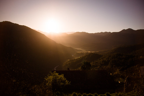 morning light sun mountains