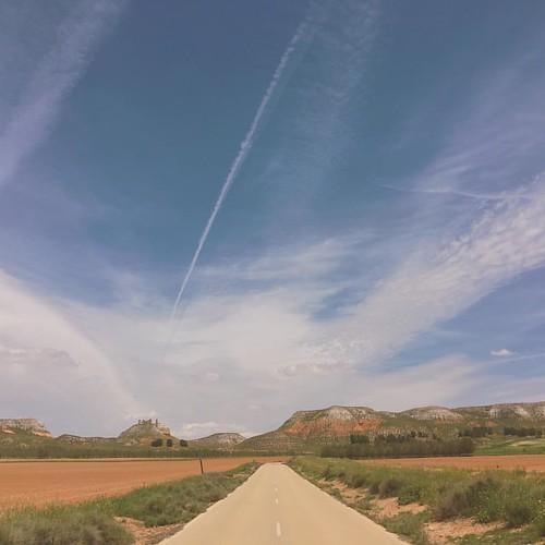 On the road again #road #roadtrip #roadmovie #scout #scouting #landscape #sky #clouds #beautiful #spain #toledo #iphone6s