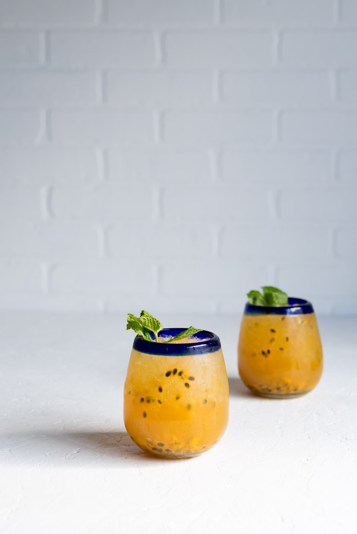 Passion Fruit Moscow Mules Cocktail Photo www.pineappleandcoconut.com