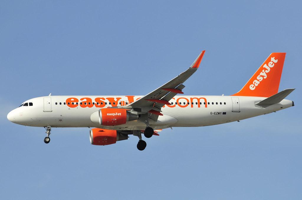 G-EZWY - A320 - EasyJet