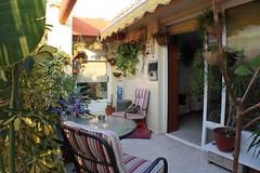 Fabulosa Terraza de unos 30 m2 muy soleada. Solicite más información a su inmobiliaria de confianza en Benidorm  www.inmobiliariabenidorm.com