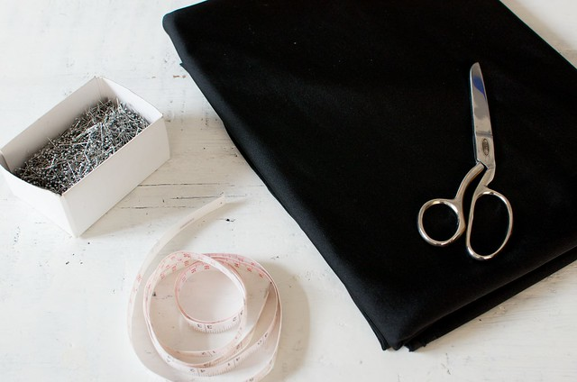 How to make an off the shoulder bikini top www.apairandasparediy.com