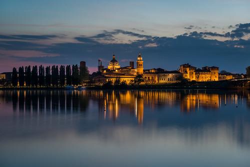 longexposure sunset castle nikon medieval le mantova bluehour palazzoducale mantua d800 gonzaga mincio lagoinferiore