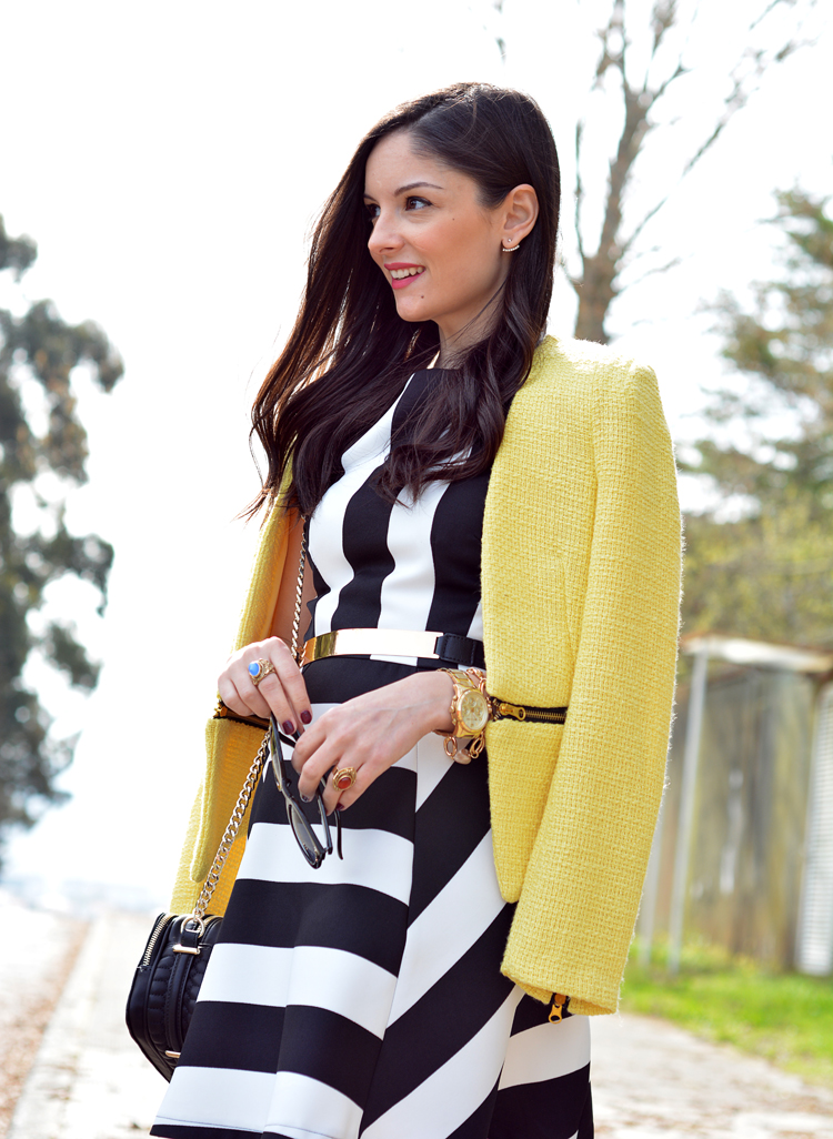 zara_outfot_yellow_chaqueta_amarillo_como combinar_rayas_striped_axparis_07