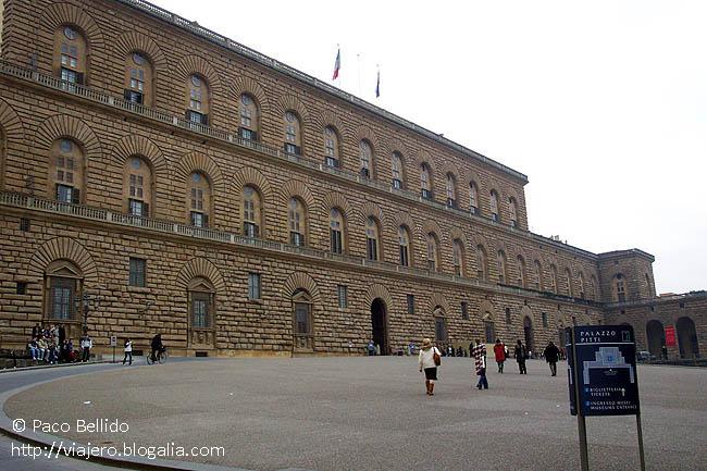 Palazzo Pitti. © Paco Bellido, 2003