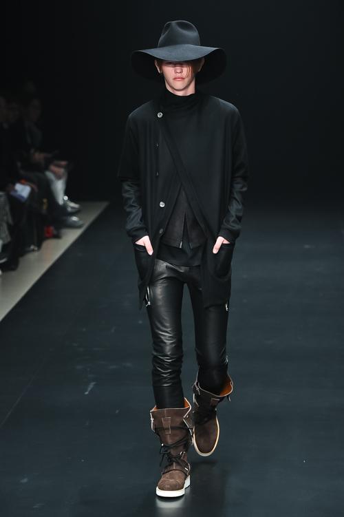 FW15 Tokyo ato045_Robbie McKinnon(Fashion Press)