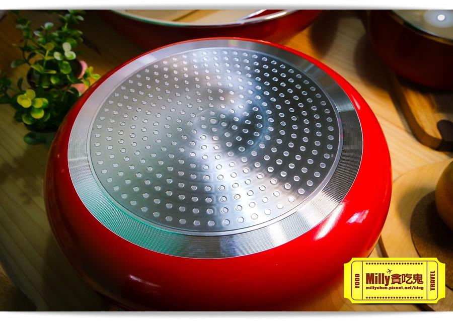 固鋼晶紅白陶瓷不沾鍋具0017