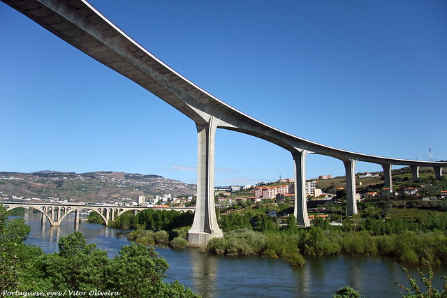 Rio Douro - Peso da Régua - Portugal