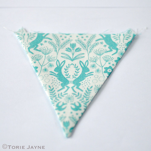 Mini bunting tutorial 5