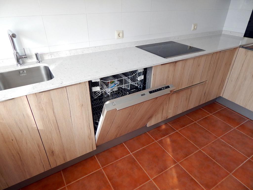 Muebles de cocina roble arena for Modelo de cocina integrado