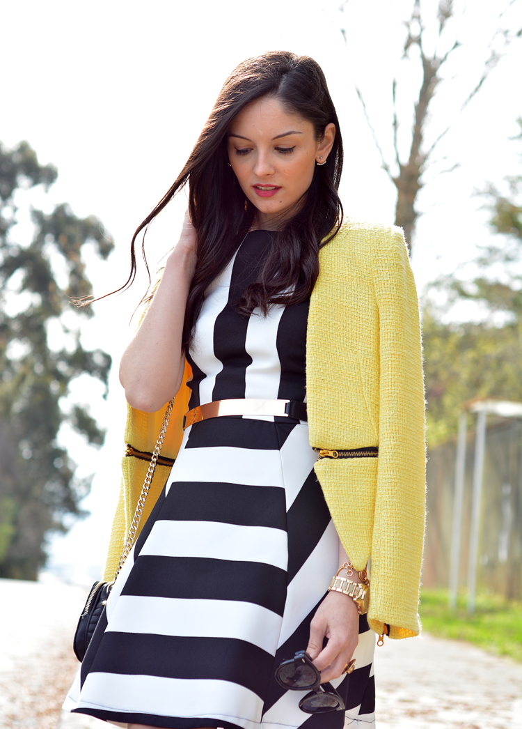 zara_outfot_yellow_chaqueta_amarillo_como combinar_rayas_striped_axparis_06