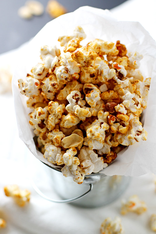 Sriracha Peanut Kettle Corn | girlversusdough.com @girlversusdough