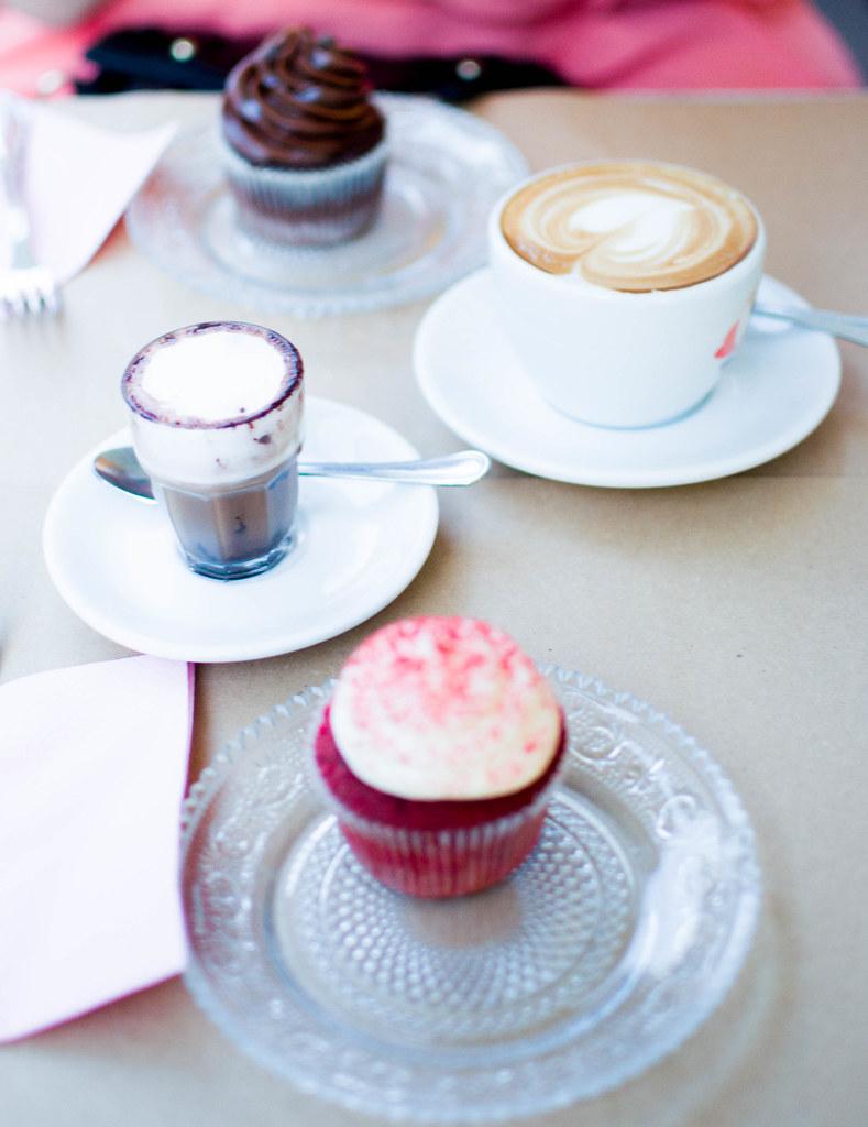 Springtime in Milan + Bagels & Cupcakes