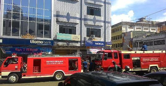Kebakaran di Ruko Telukbetung (Huda, 8 Juni)