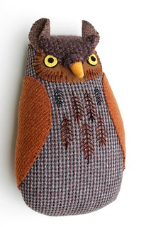 embroidered brown owl