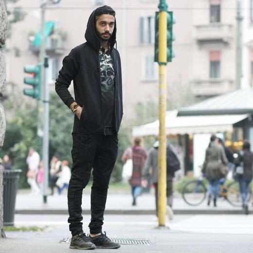 Nikeパーカー×ape迷彩サッカーシャツ+Supreme×Nike フライニットルナ1+