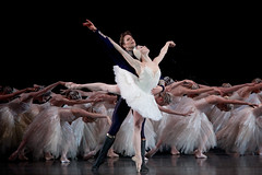 Matthew Golding as Prince Siegfried and Natalia Osipova as Odette in Swan Lake.