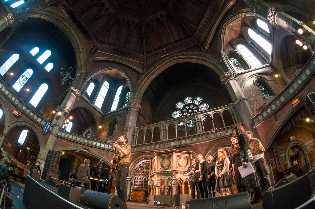 Laish and the We Come Alive Chorus - Daylight Music 7th March 2015