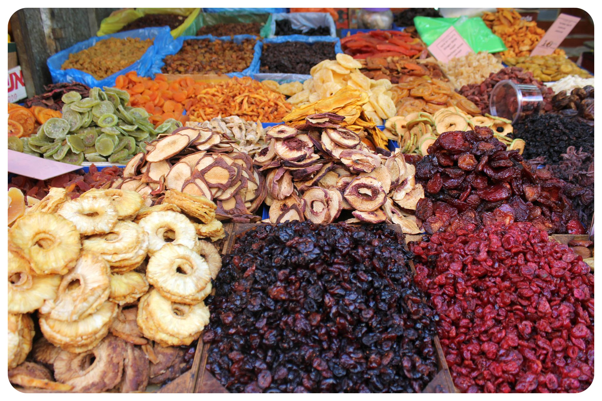 tel aviv carmel market dried fruits