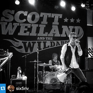 If you are heading to SXSW, make sure you catch @six5riv bash it out with Scott Weiland!!!!!!  #qdrumco #repost ・・・Hello SXSW!!! Shows 19-20-and 2  shows the 21st...let's do this⚡️⚡️#Qdrums#SXSW#scottweilandandthewildabouts | by QDrumCo